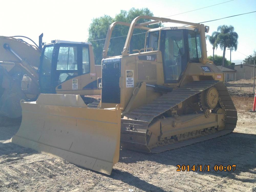 Detail photo of 2003 Caterpillar D6N LGP from Construction Equipment Guide