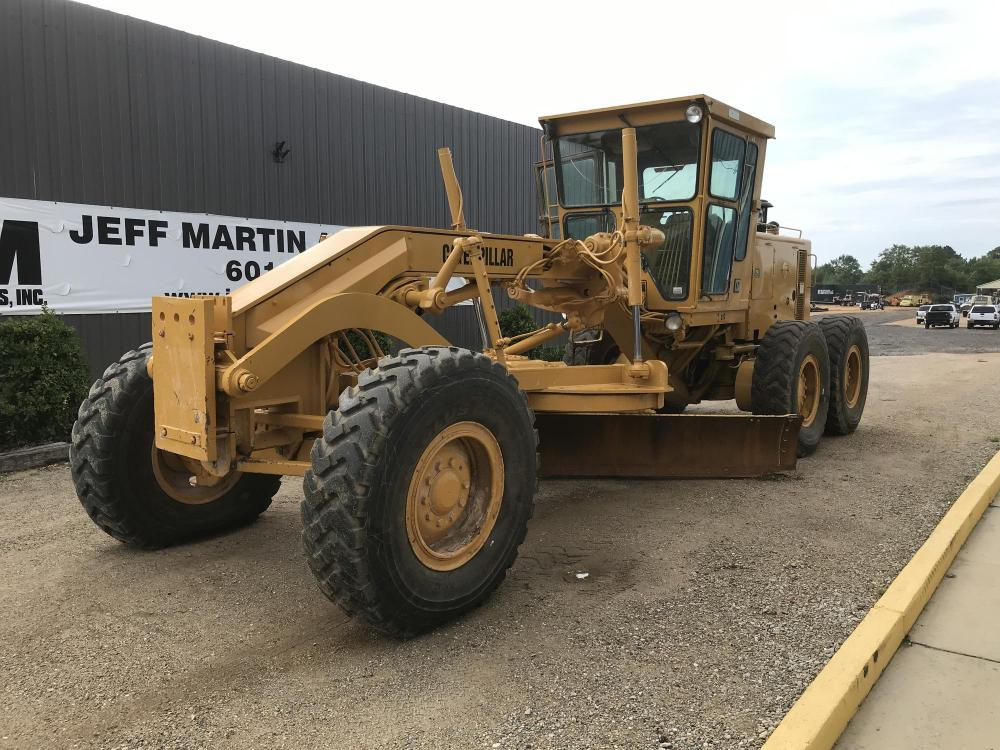 Detail photo of 1989 Caterpillar 140G from Construction Equipment Guide