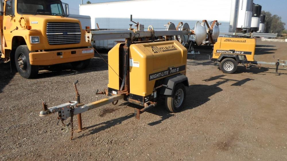 Detail photo of 2012 Allmand NIGHT-LITE PRO II from Construction Equipment Guide