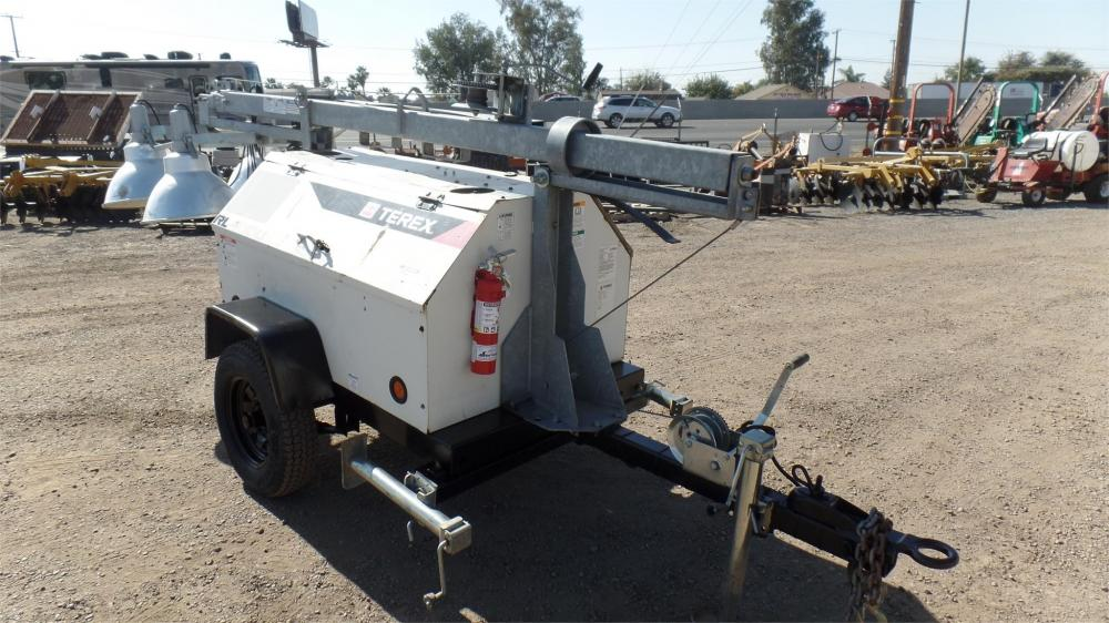Detail photo of 2010 Terex RL4000 from Construction Equipment Guide