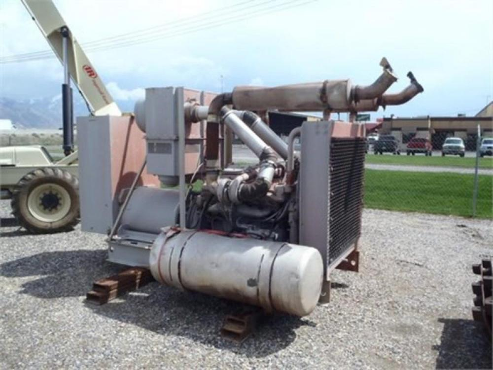 Detail photo of 1900 Detroit Diesel 300 KW from Construction Equipment Guide