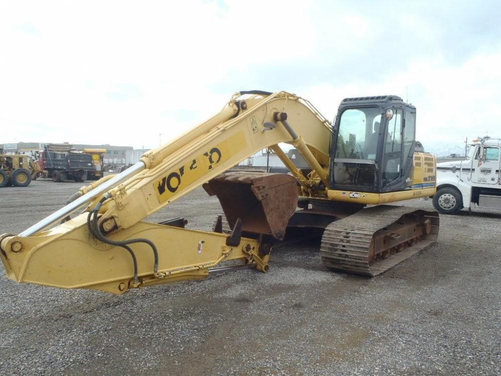 Detail photo of 2012 Kobelco SK210-9 from Construction Equipment Guide