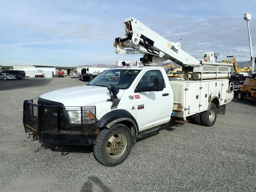 Detail photo of 2012 Altec AT40M from Construction Equipment Guide