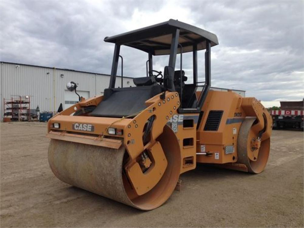 Detail photo of 2012 Case DV213 from Construction Equipment Guide
