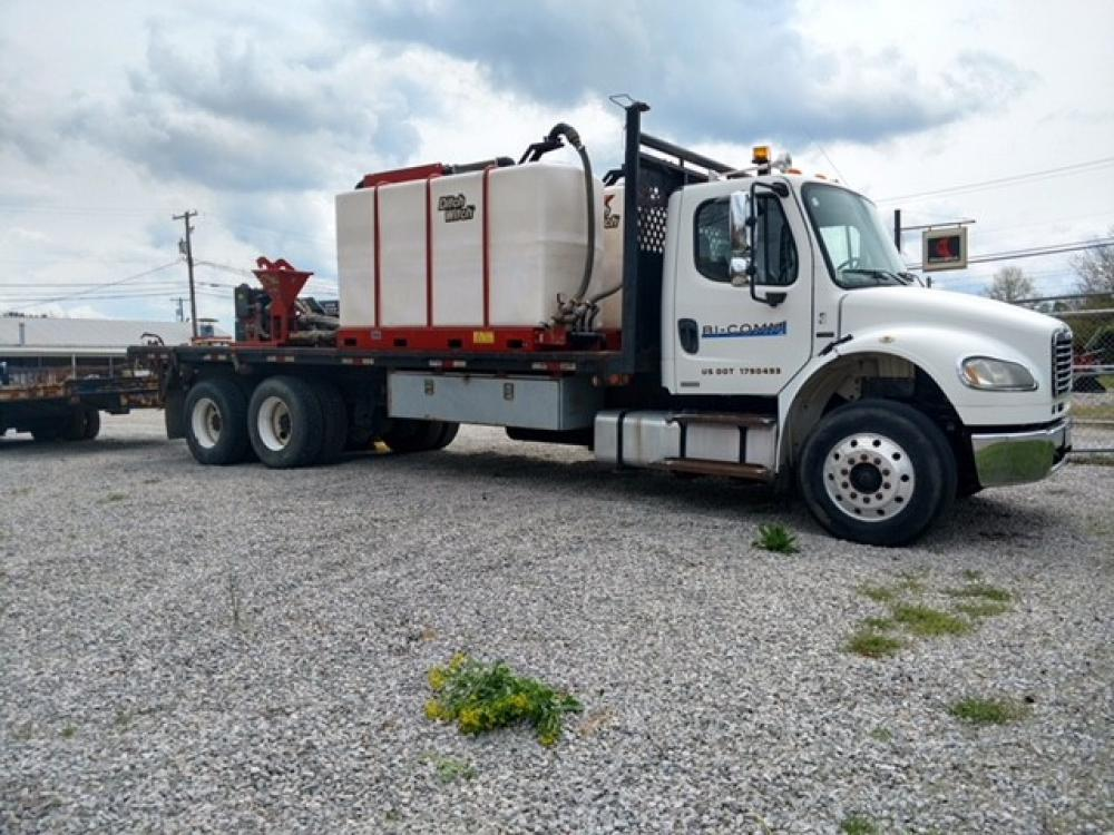 Detail photo of  FREIGHTLINER M2 from Construction Equipment Guide