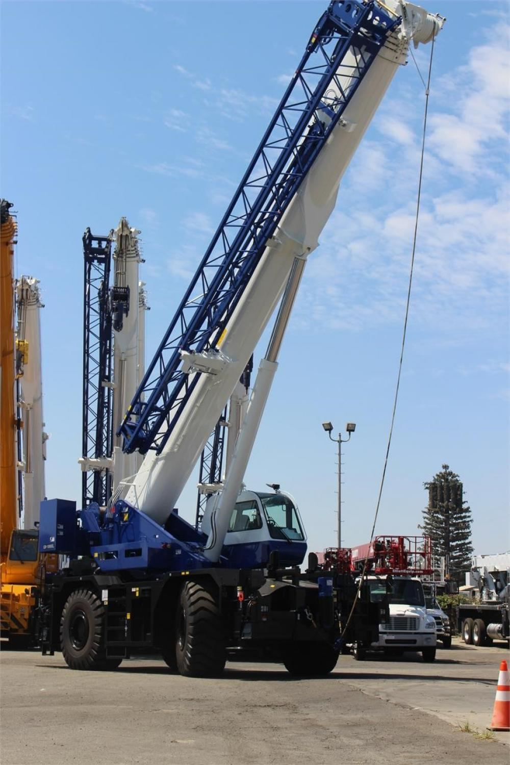 Detail photo of 2018 Tadano GR-900XL from Construction Equipment Guide