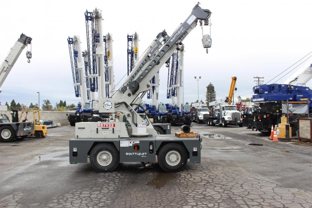 Detail photo of 2018 Shuttlelift CD3339 from Construction Equipment Guide