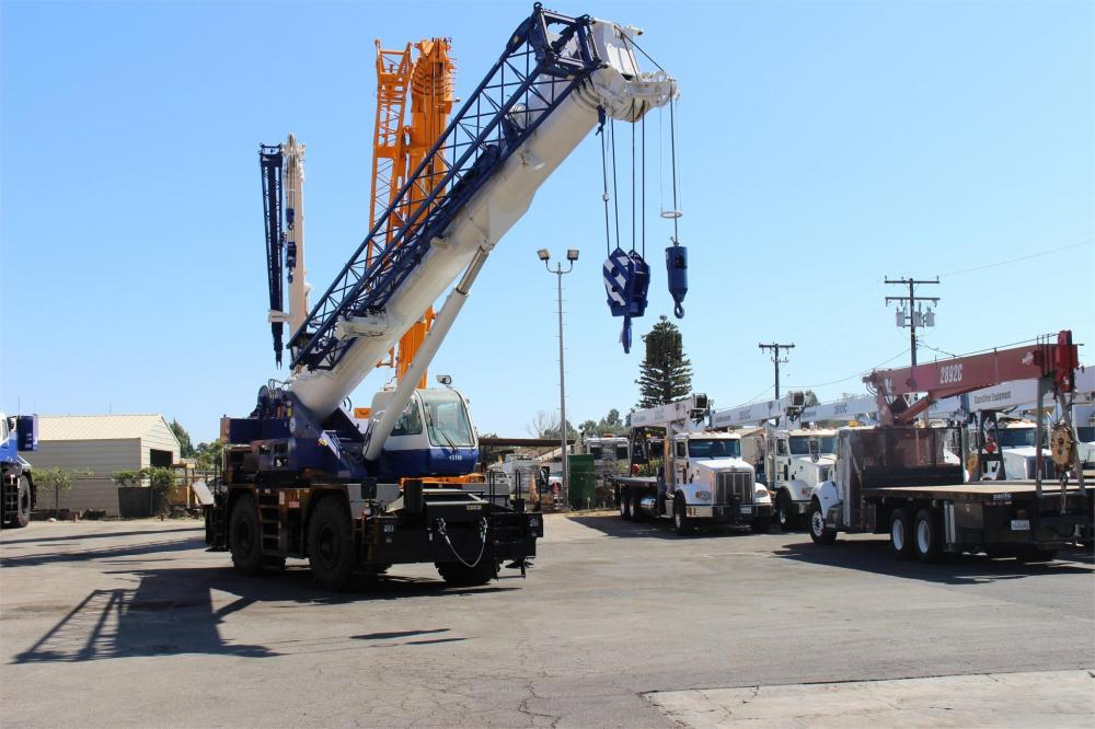 Detail photo of 2016 Tadano GR-550XL-2 from Construction Equipment Guide