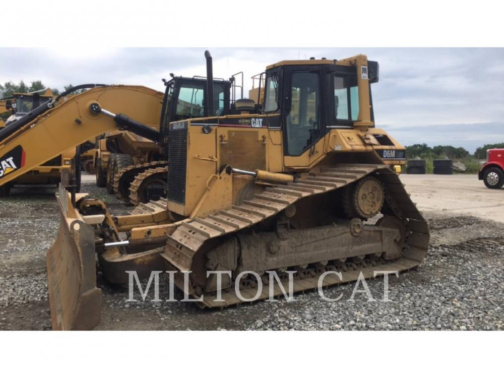 Detail photo of 2002 Caterpillar D6M from Construction Equipment Guide