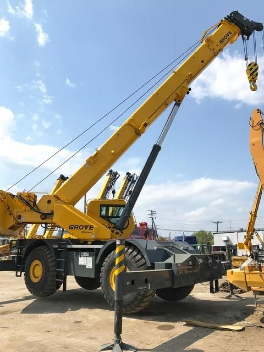 Detail photo of 2015 Grove RT880E from Construction Equipment Guide