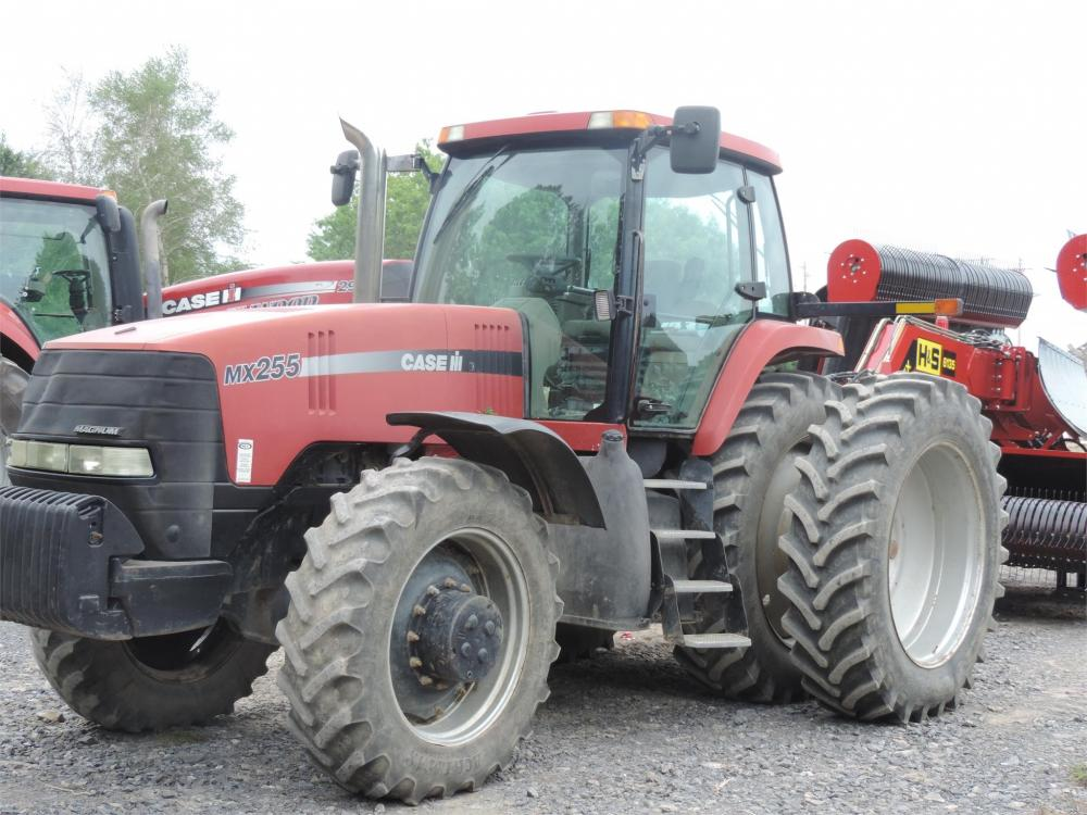 Detail photo of 2005 Case IH MAGNUM 255 from Construction Equipment Guide
