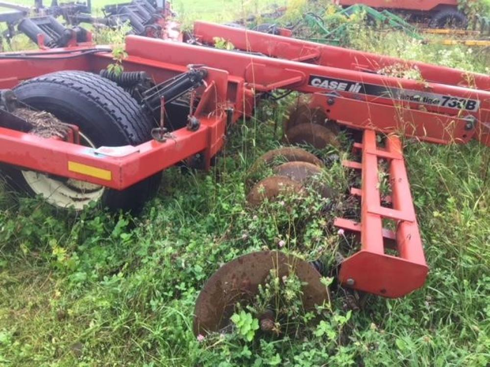 Detail photo of 2003 Case IH ECOLO-TIGER 730B from Construction Equipment Guide