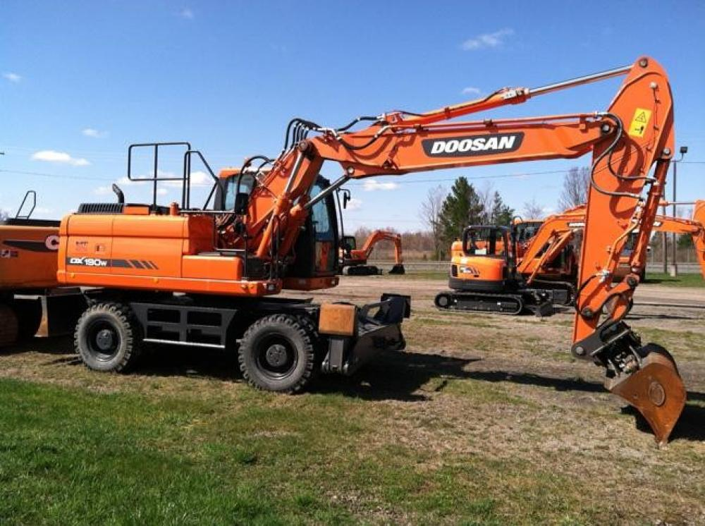 Detail photo of 2012 Doosan DX190W from Construction Equipment Guide