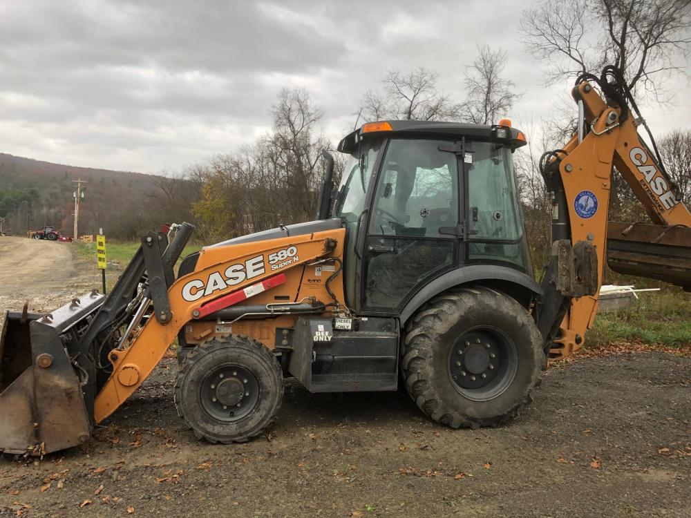 Detail photo of 2017 Case 580 SN from Construction Equipment Guide