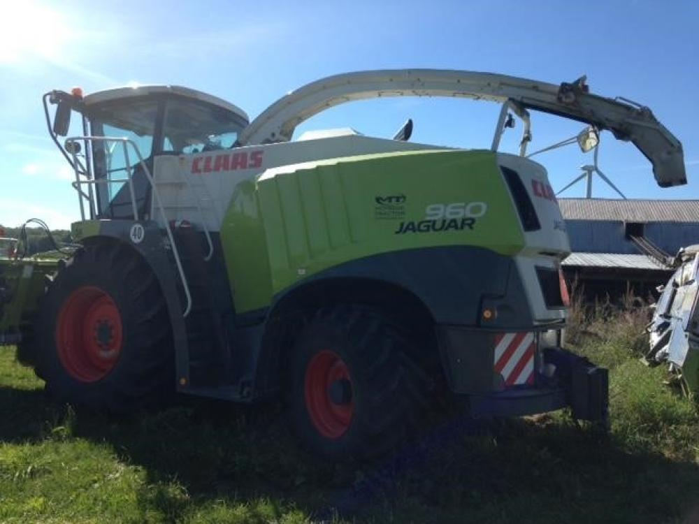 Detail photo of 2015 Claas JAGUAR 960 from Construction Equipment Guide