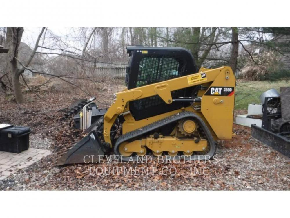 Detail photo of 2015 Caterpillar 239D from Construction Equipment Guide