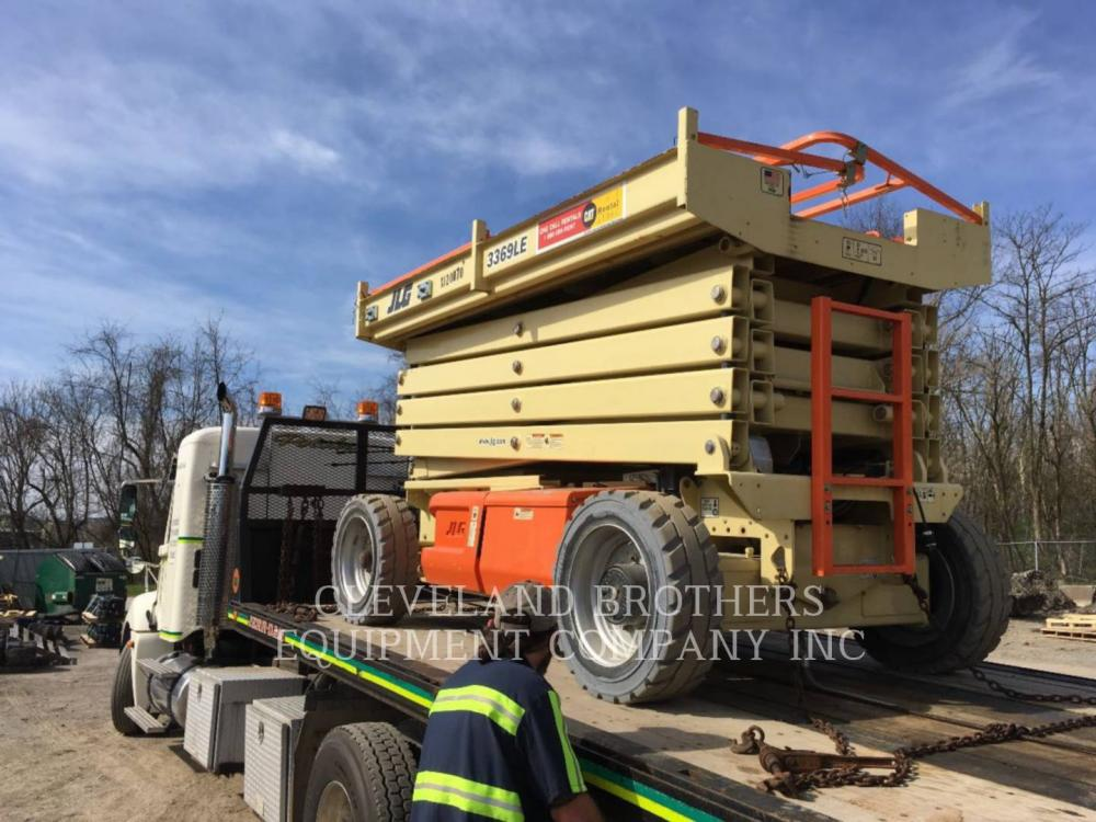 Detail photo of 2012 JLG 3369LE from Construction Equipment Guide