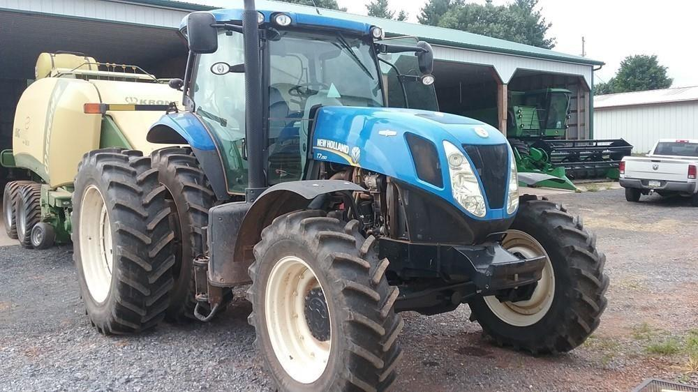 Detail photo of 2011 New Holland T7.250 from Construction Equipment Guide