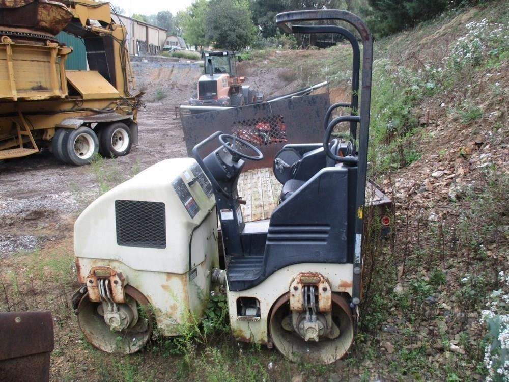Detail photo of  Ingersoll Rand DD16 from Construction Equipment Guide