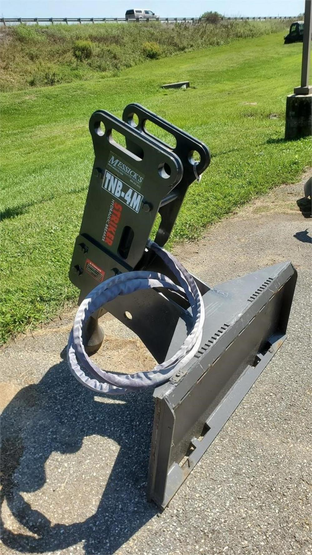 Detail photo of  TOKU TNB-4M from Construction Equipment Guide