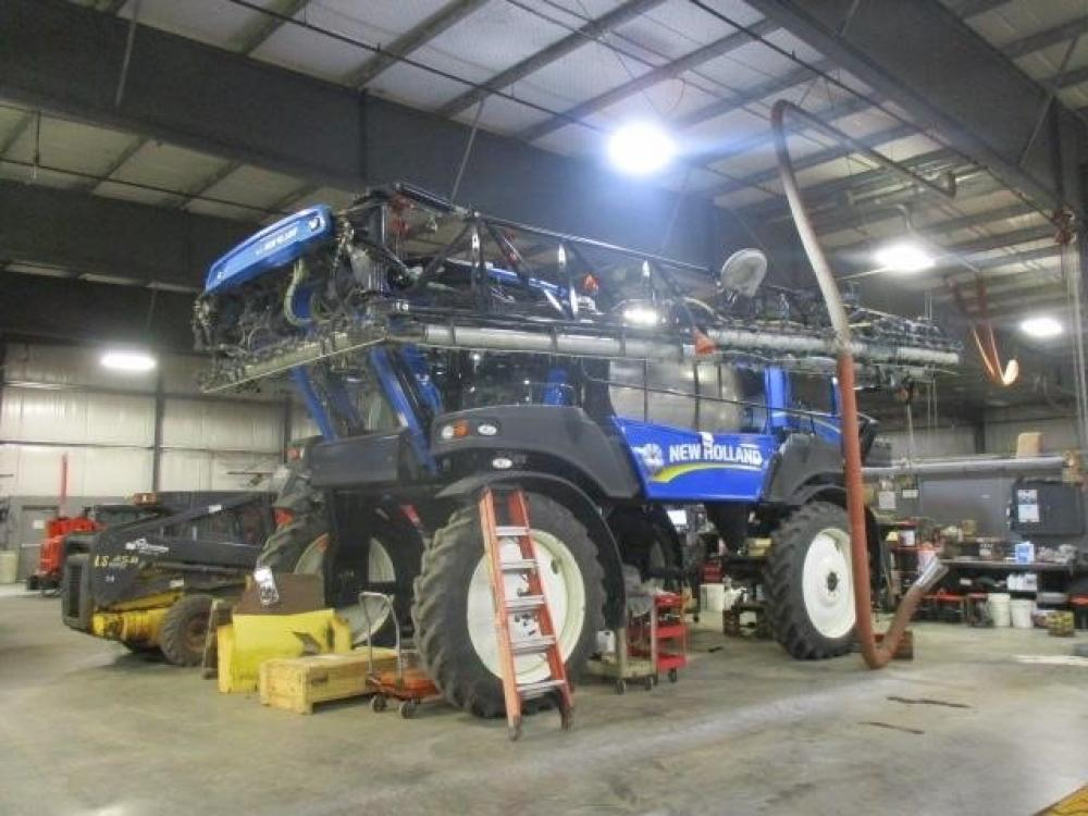 Detail photo of  New Holland SP.345F from Construction Equipment Guide