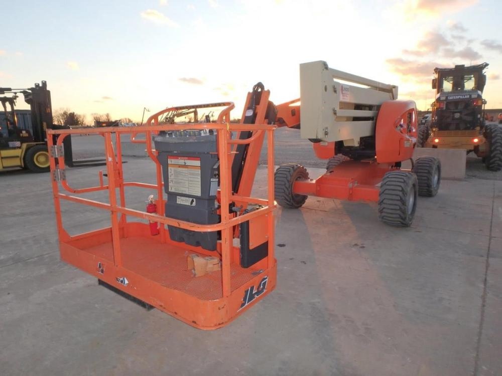 Detail photo of 2014 JLG 450AJ from Construction Equipment Guide