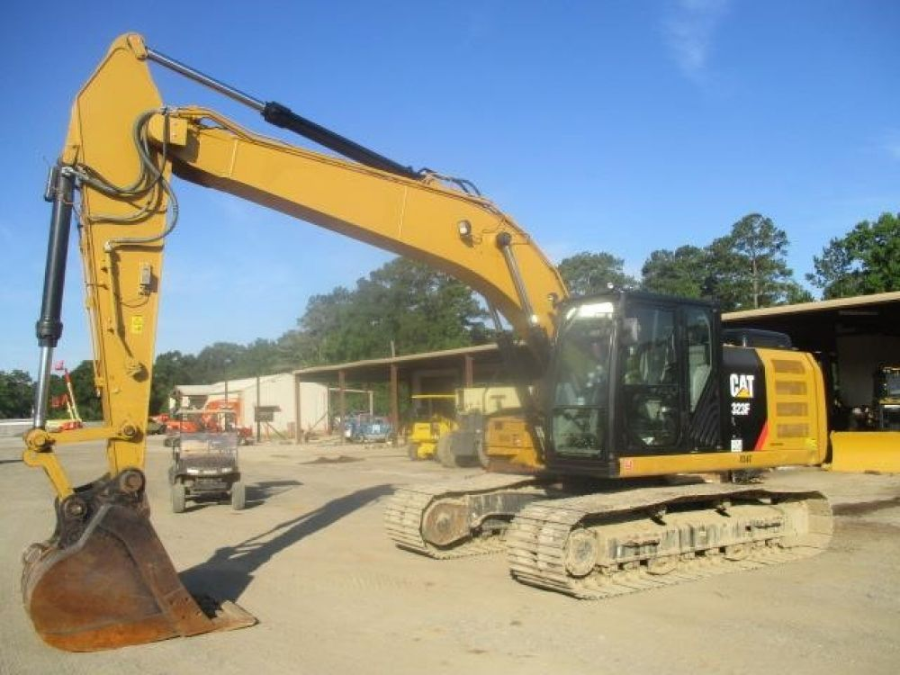 Detail photo of 2018 Caterpillar 323FL from Construction Equipment Guide