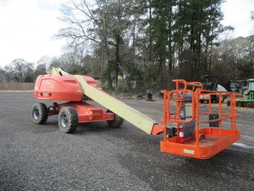 Detail photo of 2006 JLG 400S from Construction Equipment Guide