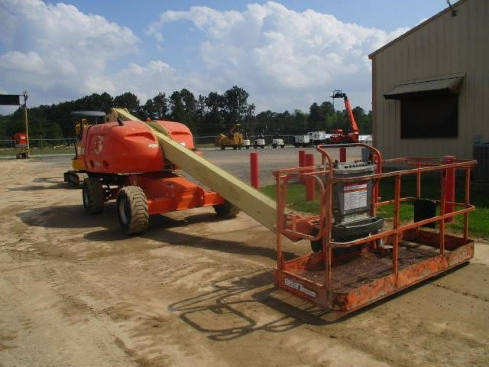 Detail photo of 2000 JLG 400S from Construction Equipment Guide