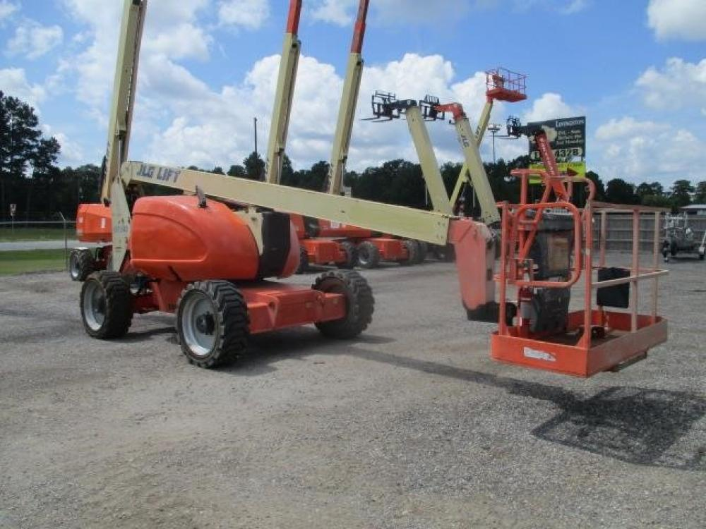 Detail photo of 2012 JLG 600A from Construction Equipment Guide