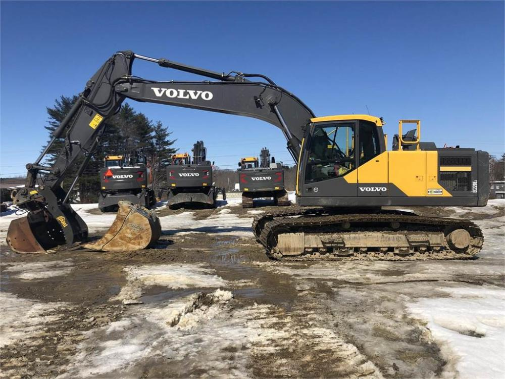 Detail photo of 2015 Volvo EC220EL from Construction Equipment Guide