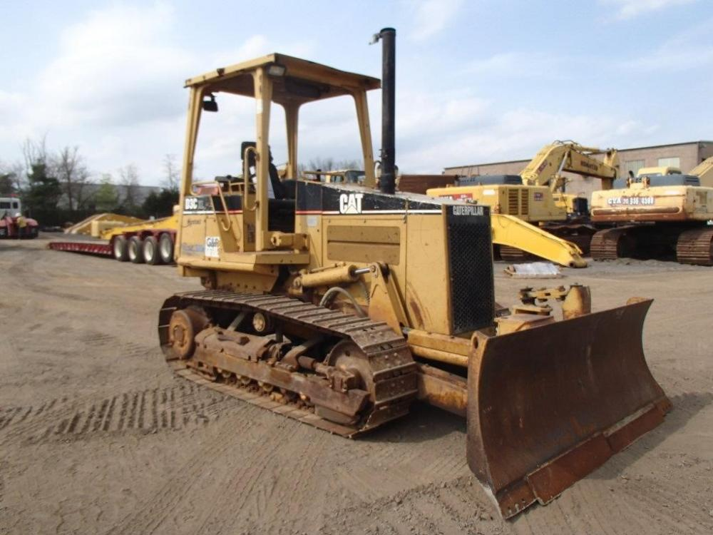 Detail photo of 1997 Caterpillar D3C III from Construction Equipment Guide