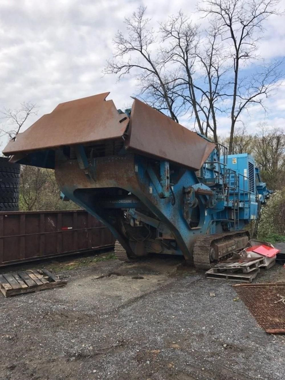 Detail photo of 2005 Terex Pegson 1412 TRAKPACTOR from Construction Equipment Guide