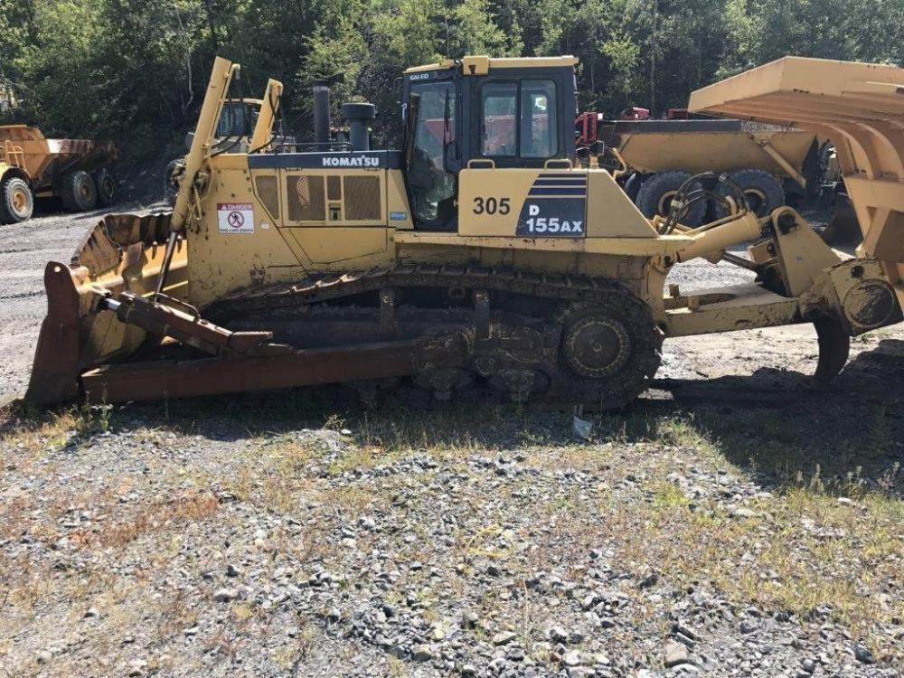 Detail photo of 2006 Komatsu D155AX-6 from Construction Equipment Guide