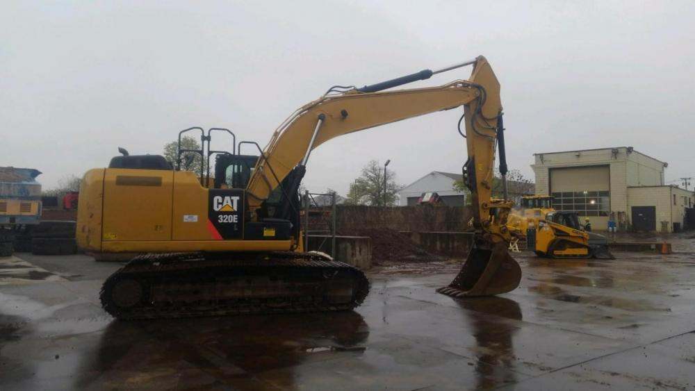 Detail photo of 2012 Caterpillar 320EL from Construction Equipment Guide