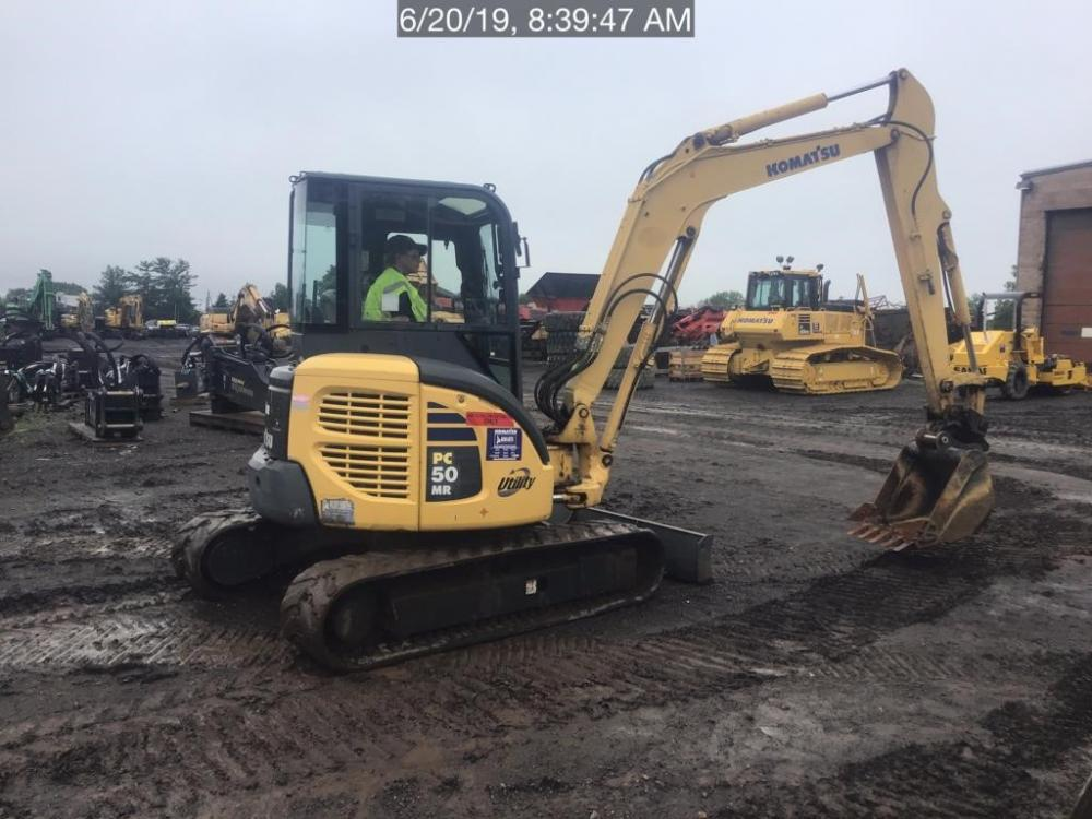 Detail photo of 2006 Komatsu PC50MR-2 from Construction Equipment Guide