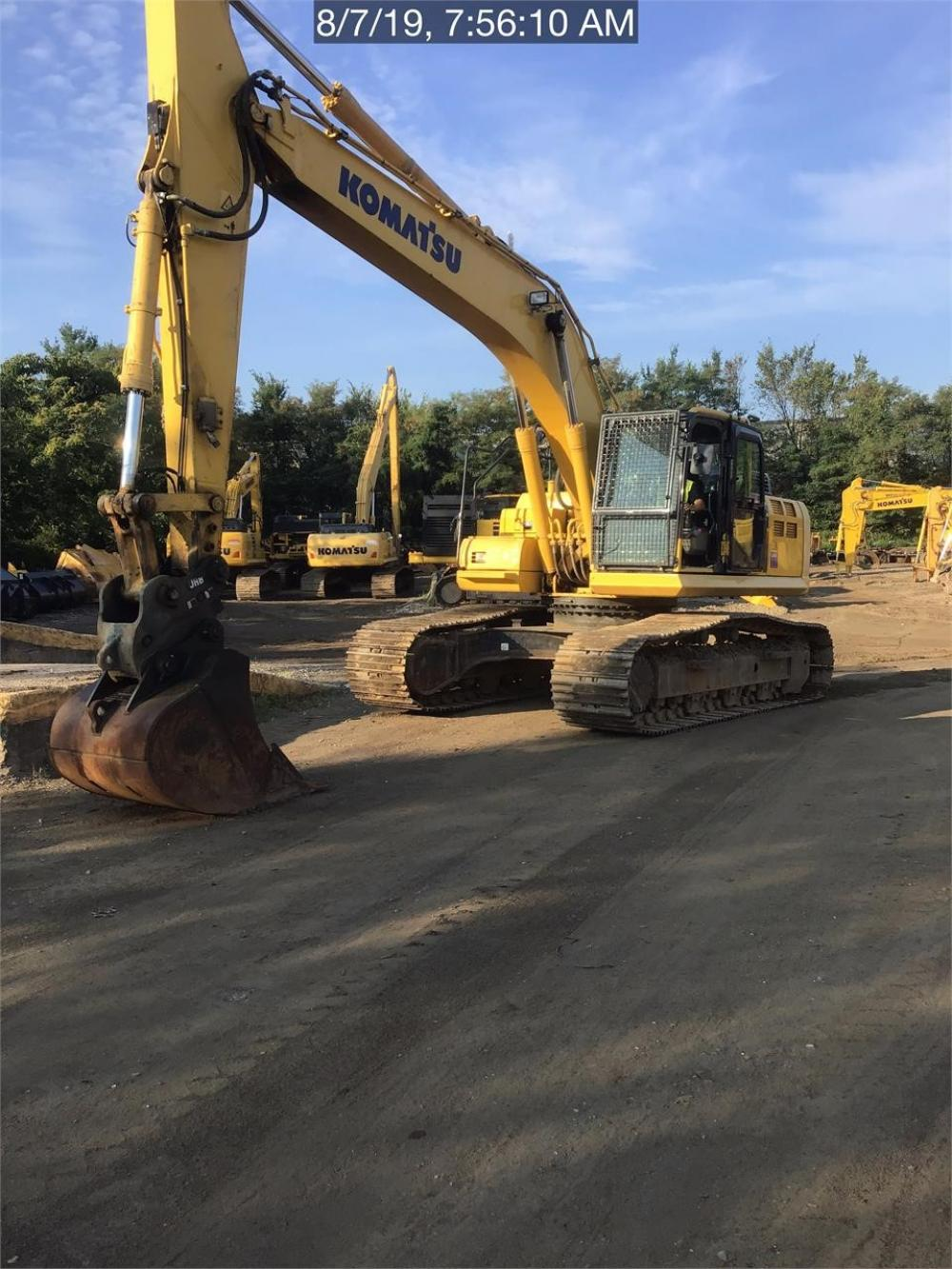 Detail photo of 2016 Komatsu PC290LC-11 from Construction Equipment Guide