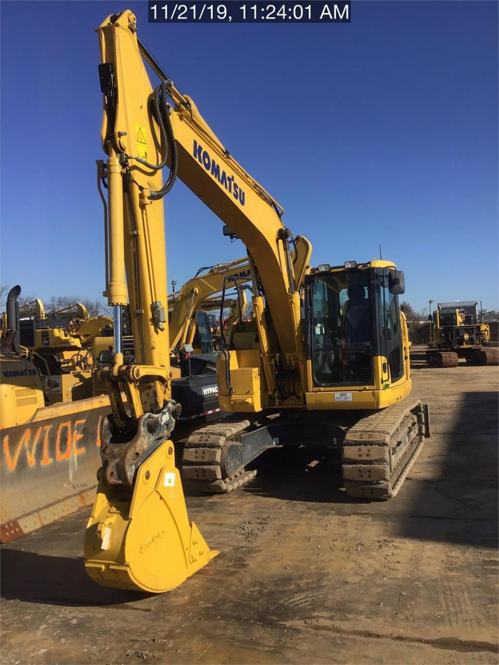 Detail photo of 2017 Komatsu PC138USLC-11 from Construction Equipment Guide