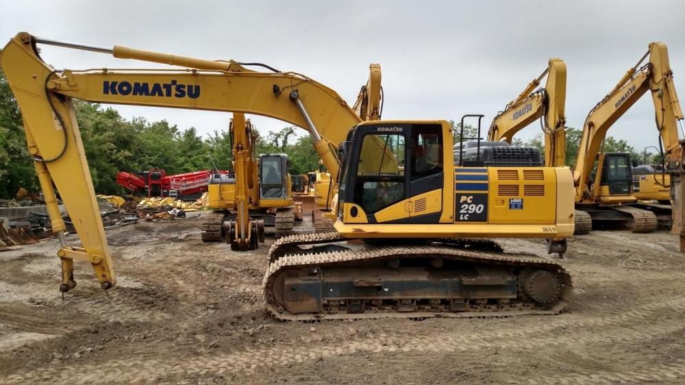 Detail photo of 2015 Komatsu PC290LC-11 from Construction Equipment Guide