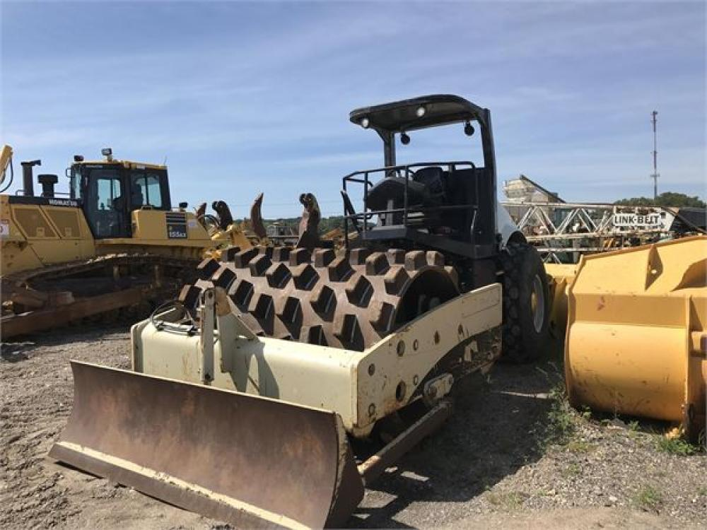 Detail photo of 2008 Volvo SD116F from Construction Equipment Guide
