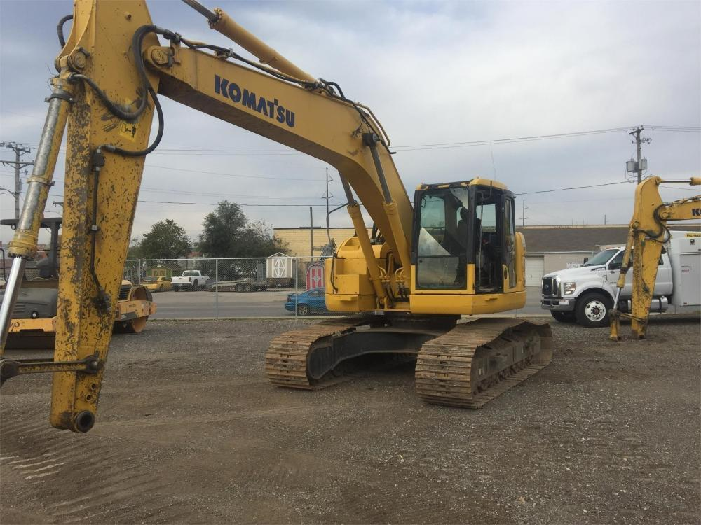 Detail photo of 2013 Komatsu PC228USLC-8 from Construction Equipment Guide