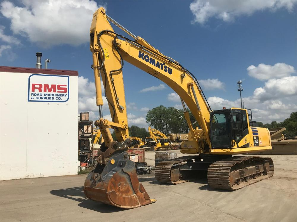 Detail photo of 2015 Komatsu PC360LC-10 from Construction Equipment Guide