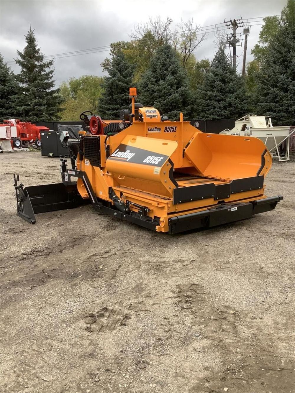 Detail photo of 2019 LeeBoy 8515E from Construction Equipment Guide