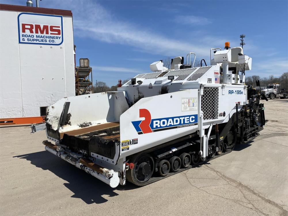 Detail photo of 2017 Roadtec RP-195E from Construction Equipment Guide