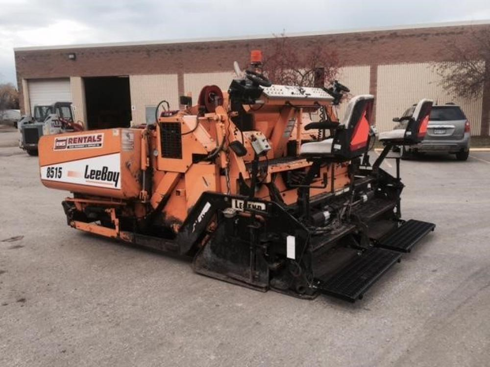 Detail photo of 2004 LeeBoy 8515 from Construction Equipment Guide