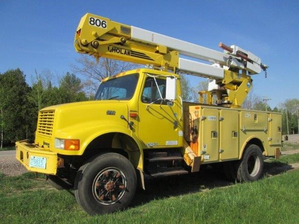 Detail photo of 1995 International 4800 from Construction Equipment Guide