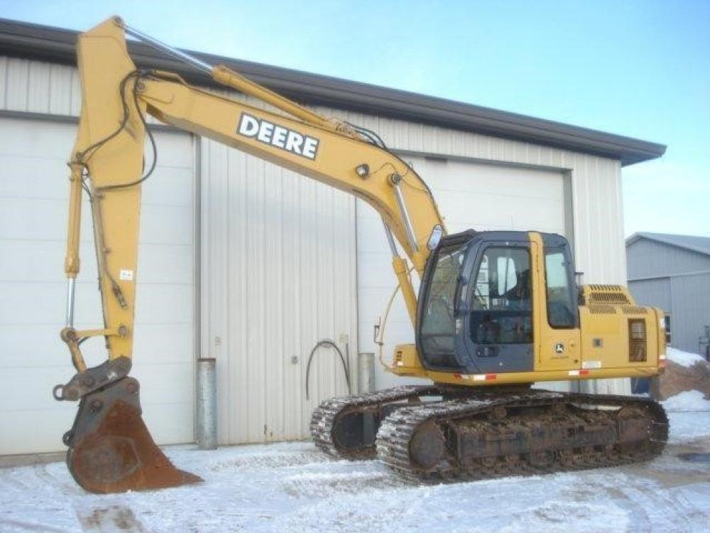 Detail photo of 2007 John Deere 160C LC from Construction Equipment Guide