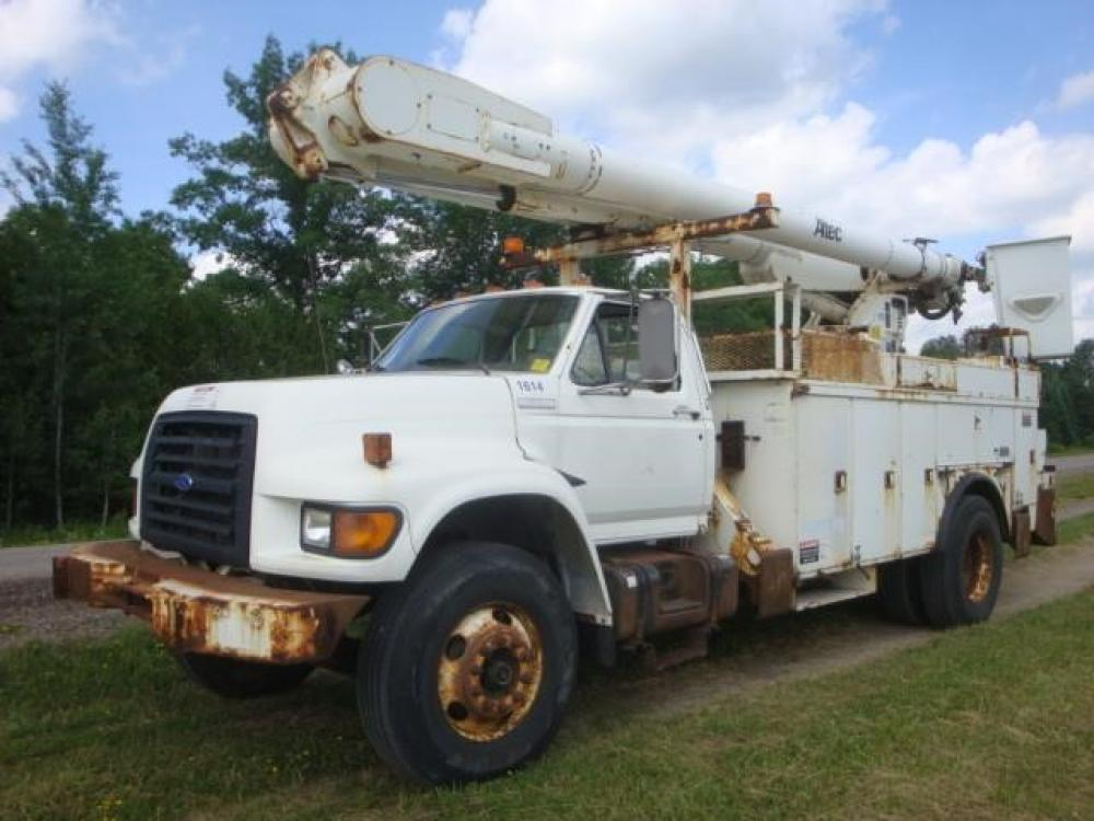 Detail photo of 1996 Ford F800 from Construction Equipment Guide