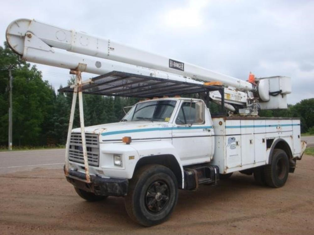 Detail photo of 1989 Ford F700 from Construction Equipment Guide