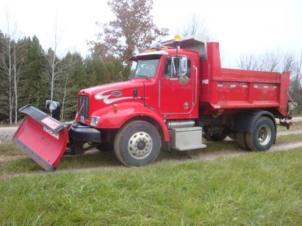 Detail photo of 2003 Peterbilt 330 from Construction Equipment Guide
